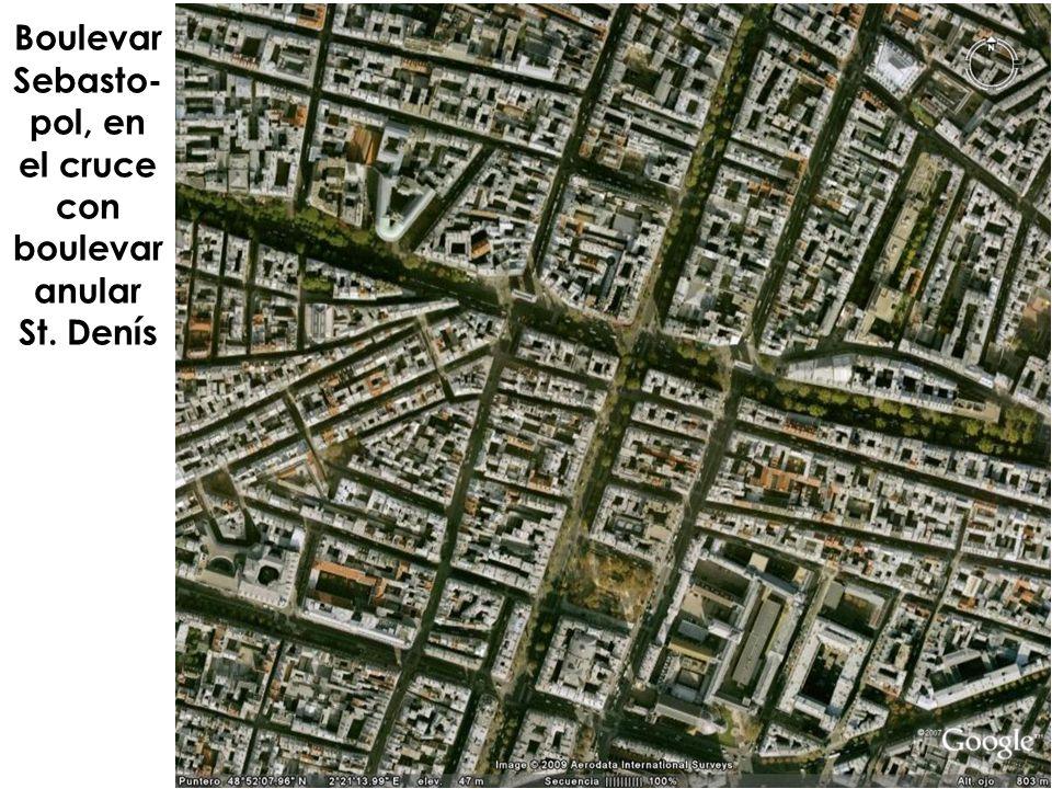 Boulevar Sebasto- pol, en el cruce con boulevar anular St. Denís