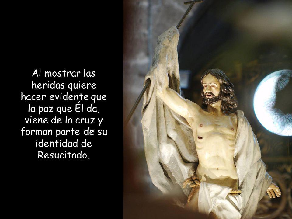 Les mostró las manos y el costado: Jesús refuerza las pruebas evidentes y tangibles de que es Él el que ha sido crucificado.
