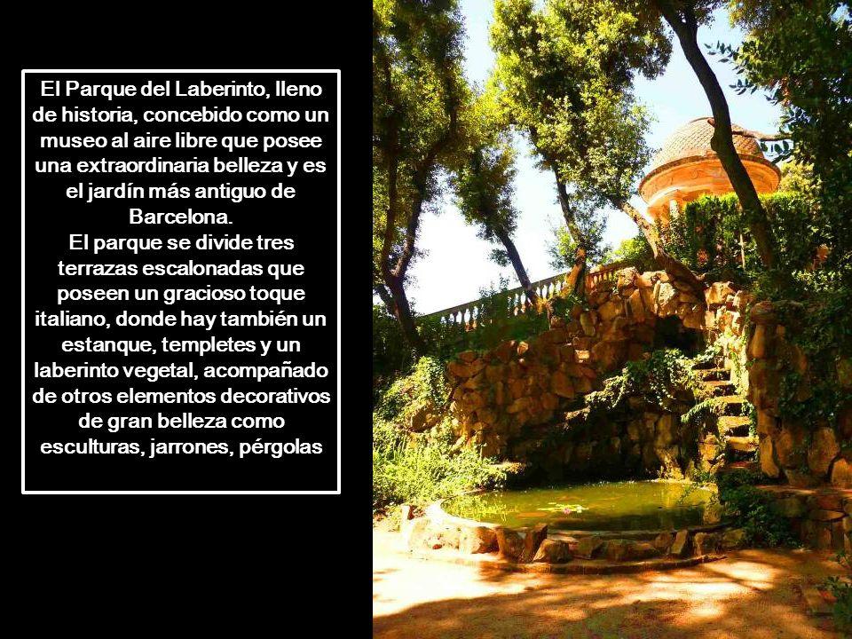 La totalidad de la finca actual, tiene 55 hectáreas mayoritamente de bosque, solamente 8 están ajardinadas. El jardín neoclásico se extiende por tres