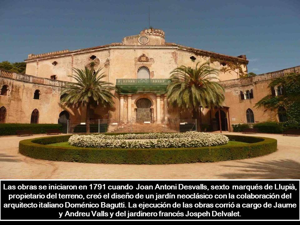 Los templetes de la terraza intermedia fueron escogidos por Joan Maragall para realizar representaciones de teatro clásico.