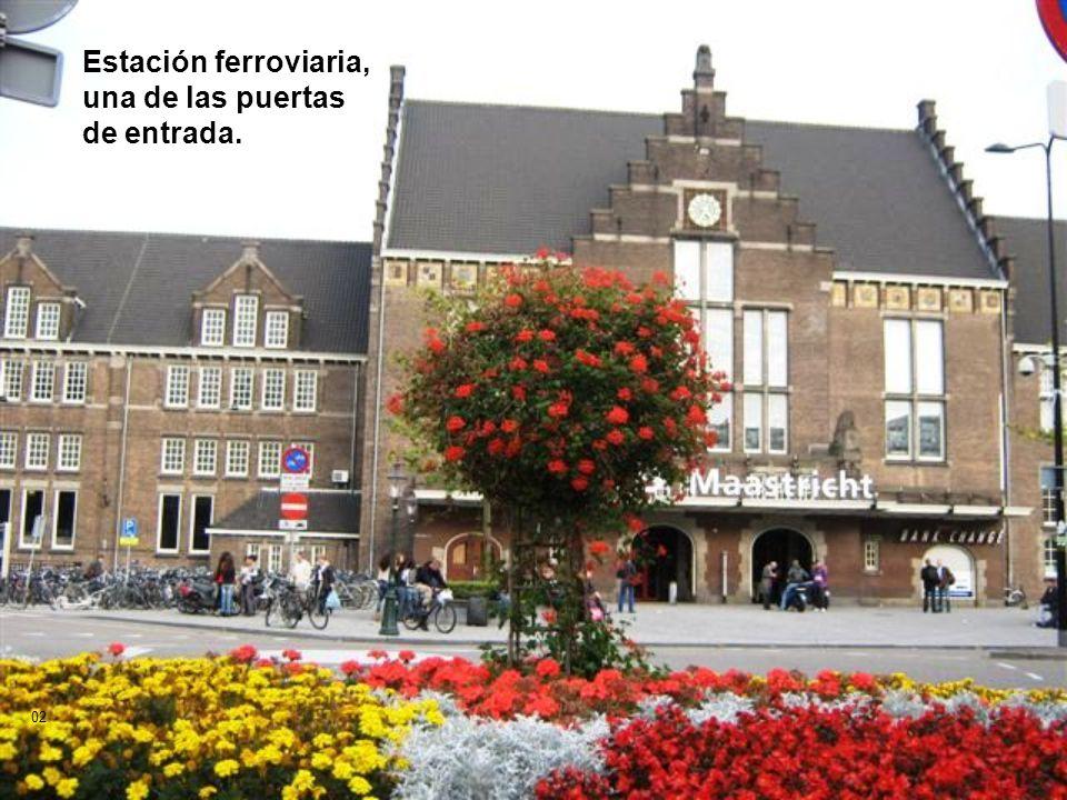 MAASTRICHT - HOLANDA Donde se encuentran: Holanda, Alemania y Bélgica Distante de Bruselas (Bélgica) aproximadamente a 1hora de tren Sonido y paso automático