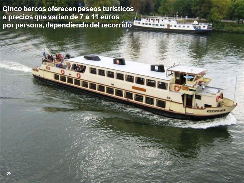 Cinco barcos oferecen paseos turísticos a precios que varían de 7 a 11 euros por persona, dependiendo del recorrido 29