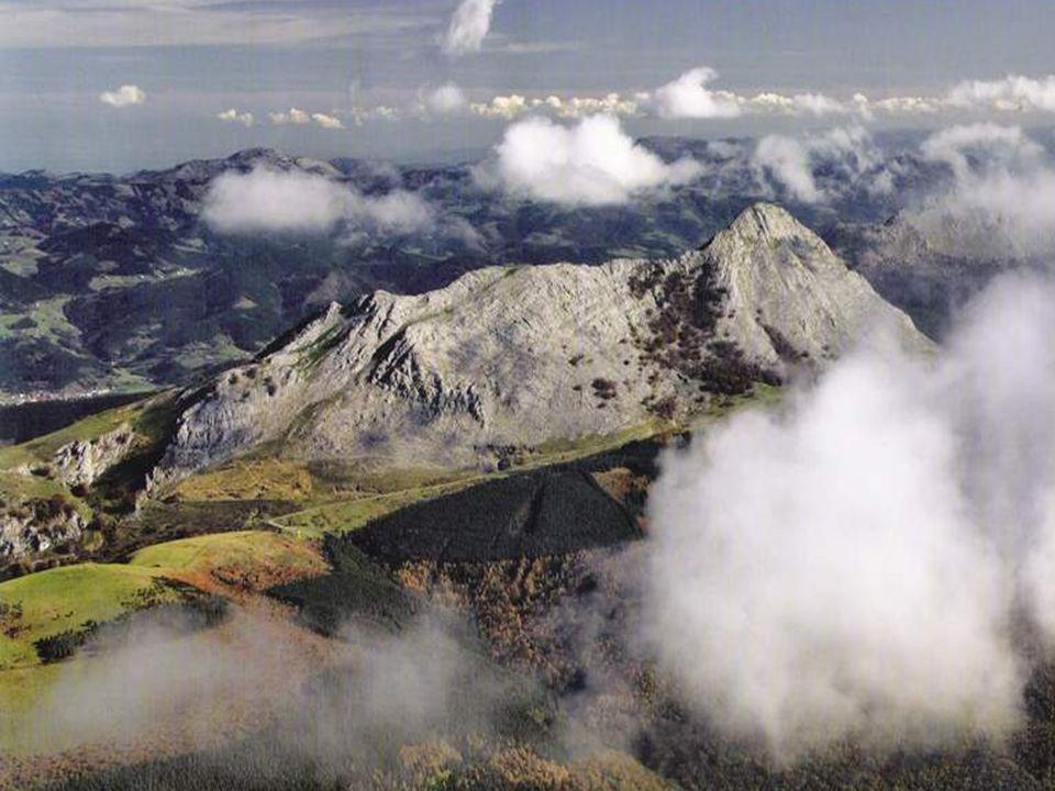 Monte Txarlazo ( 938 m. ) Nuestra Señora de La Antigua. Orduña.