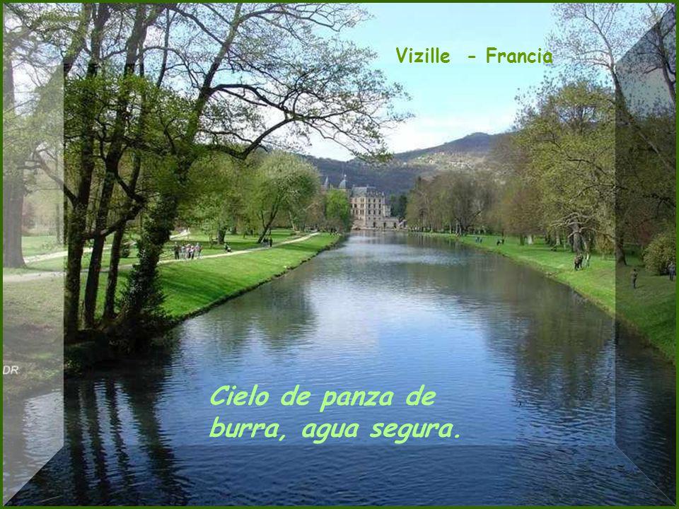 Picos de Europa - León Agua que no has de beber, déjala correr.