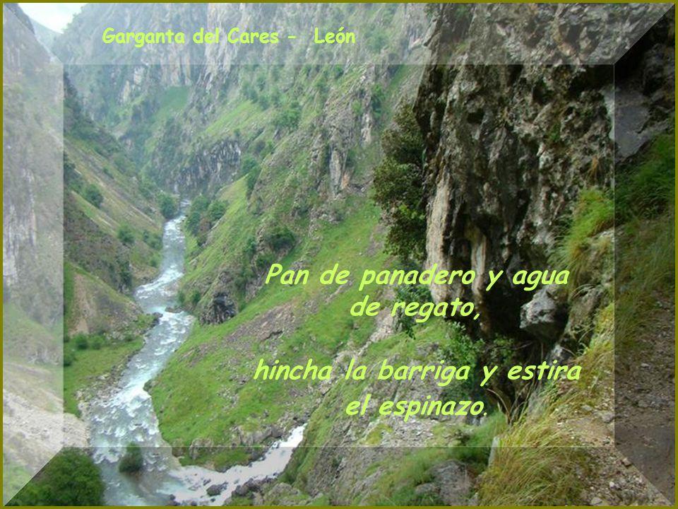 Rio Curueño - León Relámpagos al oriente, agua para el día siguiente.