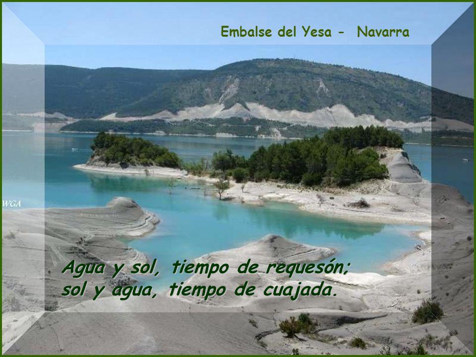 Río Almonte, Jaraicejo (Cáceres) Agua al mediodía, agua para todo el día.