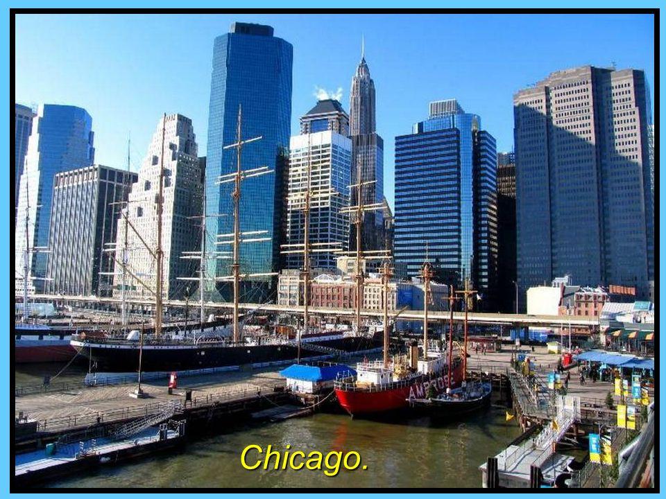 Chicago, Illinois, a orillas del inmenso lago Michigan.