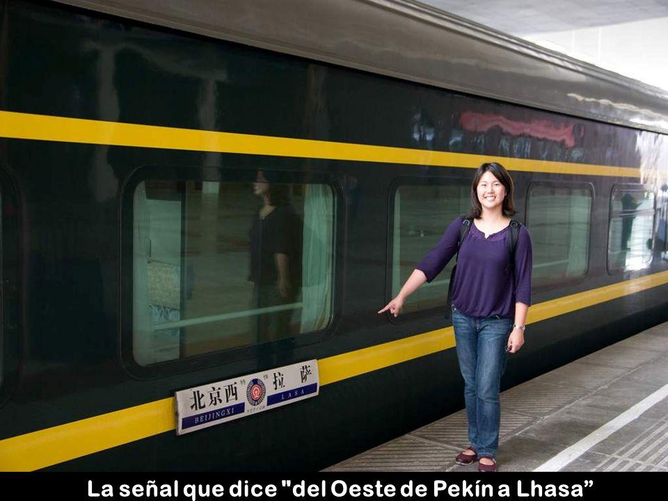 La señal que dice del Oeste de Pekín a Lhasa