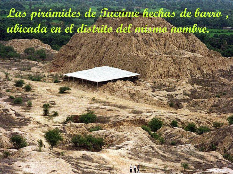 Complejo turístico Huaca Rajada se ubica en los limites de la ex hacienda Pomalca, allí en 1987 se descubrió al Señor de Sipan