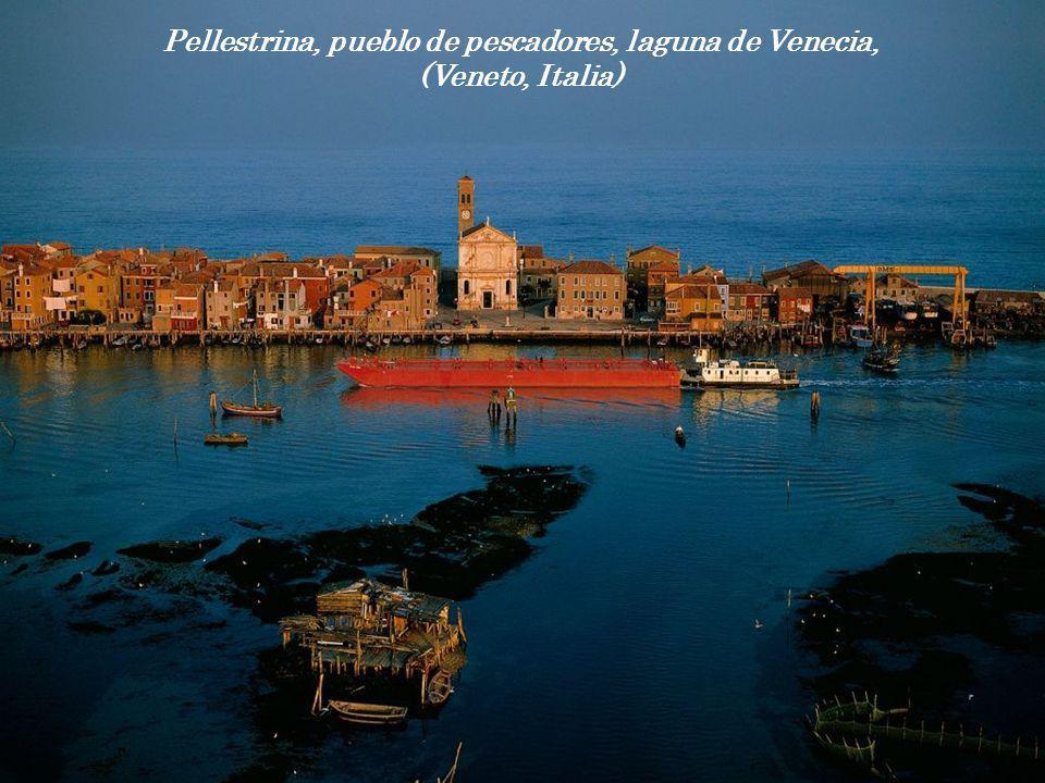 Pellestrina, pueblo de pescadores, laguna de Venecia, (Veneto, Italia)