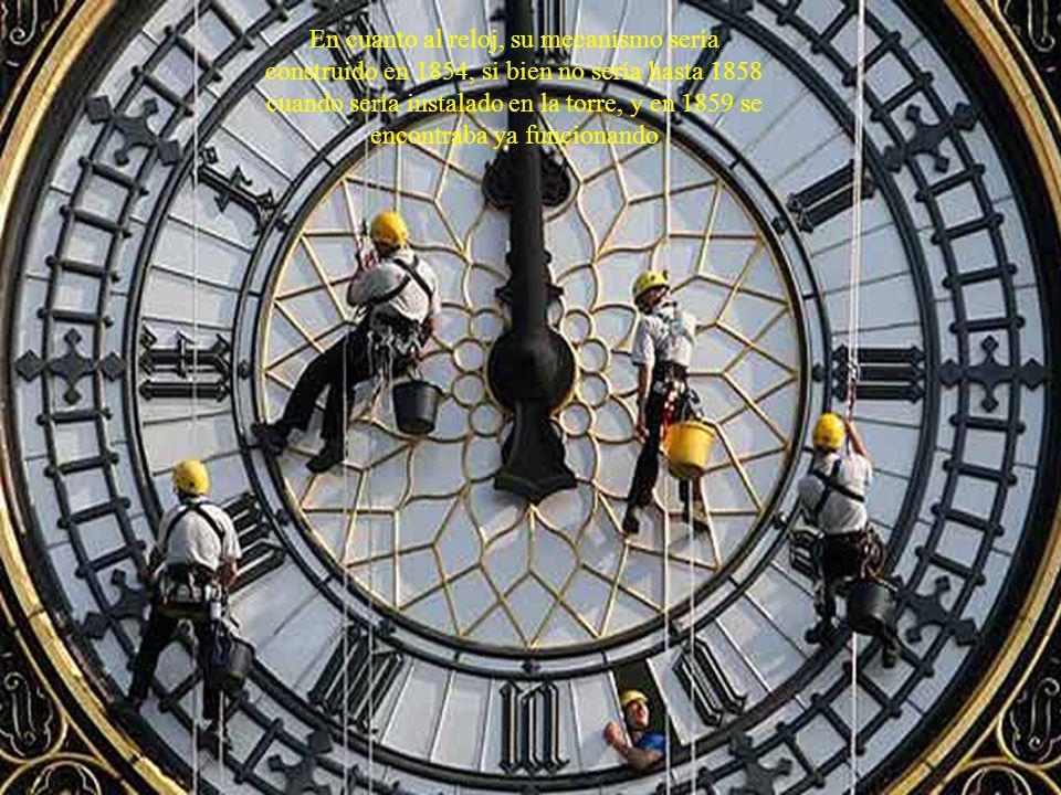 En cuanto al reloj, su mecanismo sería construido en 1854, si bien no sería hasta 1858 cuando sería instalado en la torre, y en 1859 se encontraba ya funcionando