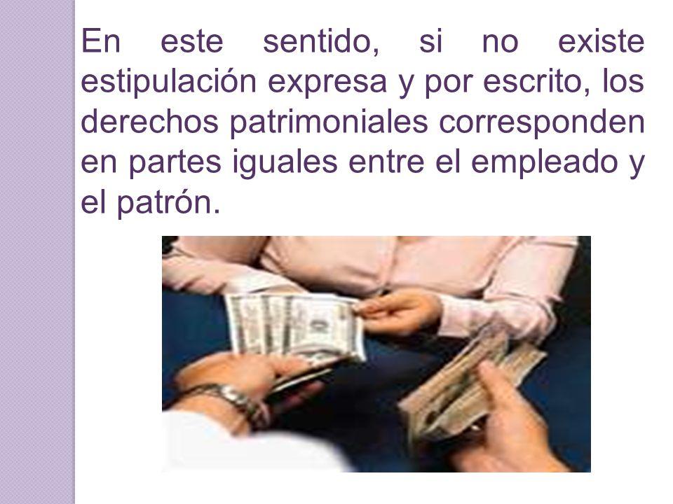 En este sentido, si no existe estipulación expresa y por escrito, los derechos patrimoniales corresponden en partes iguales entre el empleado y el pat
