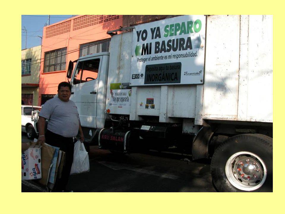 La supervisión se extiende a la estación de transferencia, en especial los días en que se recolectan los residuos orgánicos, por que estos se vacían en una caja propiedad de la Delegación para que se envíen a la planta de composta.