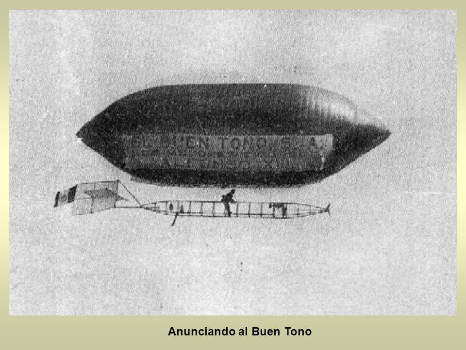 En 1908 se instalo a un lado de la Alameda un globo cautivo llamado la ciudad de Mexico se elevaba a 300 metros de altura. Era muy caro, costaba 5 pes