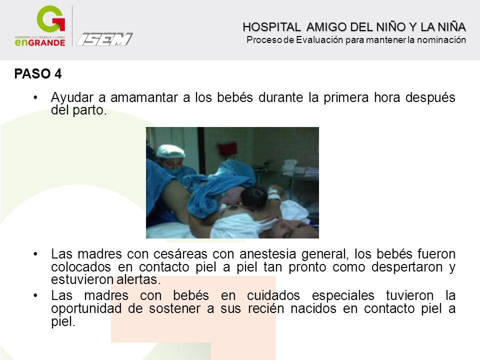 Ayudar a amamantar a los bebés durante la primera hora después del parto. Las madres con cesáreas con anestesia general, los bebés fueron colocados en