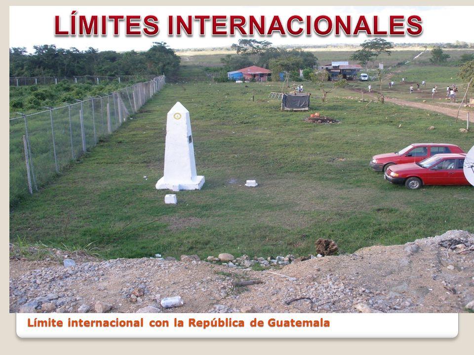 Municipios: 17 Capital: Villahermosa Extensi ó n: 24 661 km 2, el 1.3% del territorio nacional DIVISIÓN POLÍTICA ESTATAL.