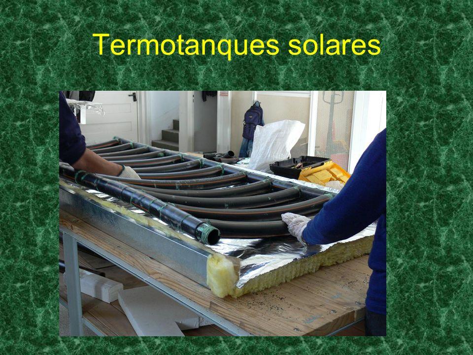 Proyecto conjunto Convenio entre: UNGS e INTEC (Republica Dominicana) Energía solar aplicada a la producción de frío Finalidad: Desarrollo de dispositivos refrigeradores de baja tecnología adaptados a las necesidades locales que utilizan energía termo-solar