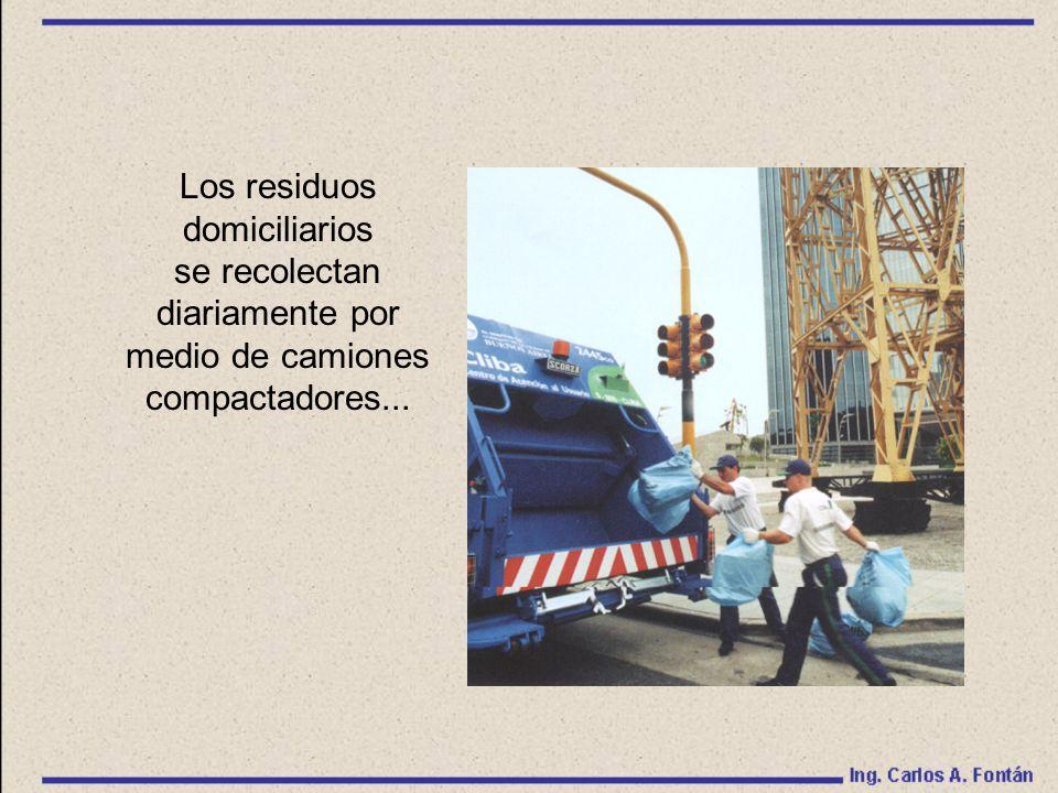 Los residuos domiciliarios se recolectan diariamente por medio de camiones compactadores...