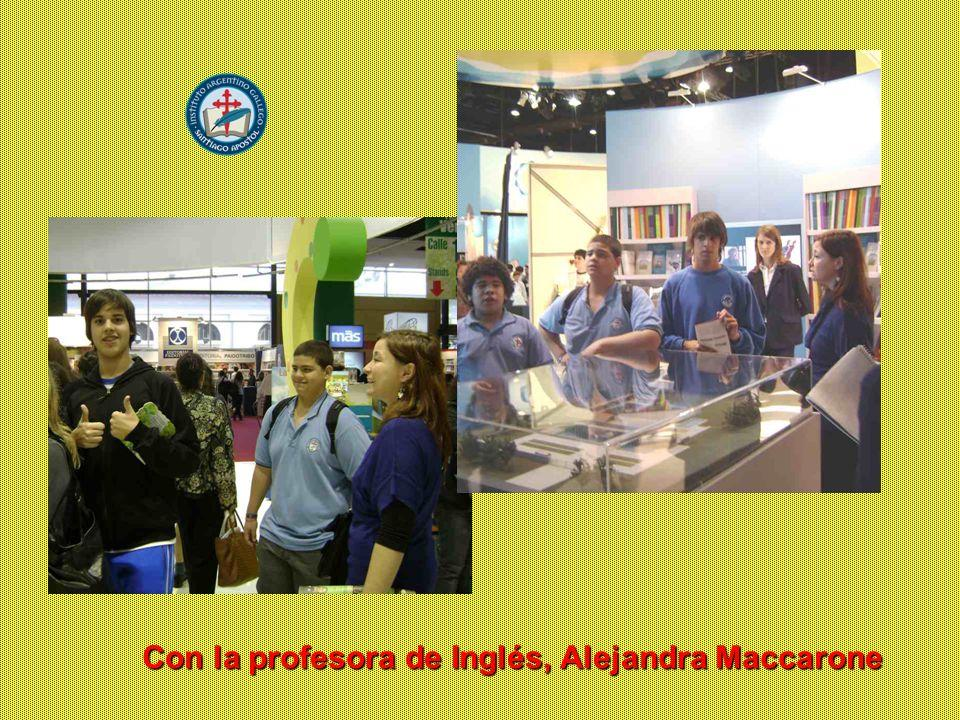 En la Sala de Conferencias Con la profesora de Inglés, Alejandra Maccarone