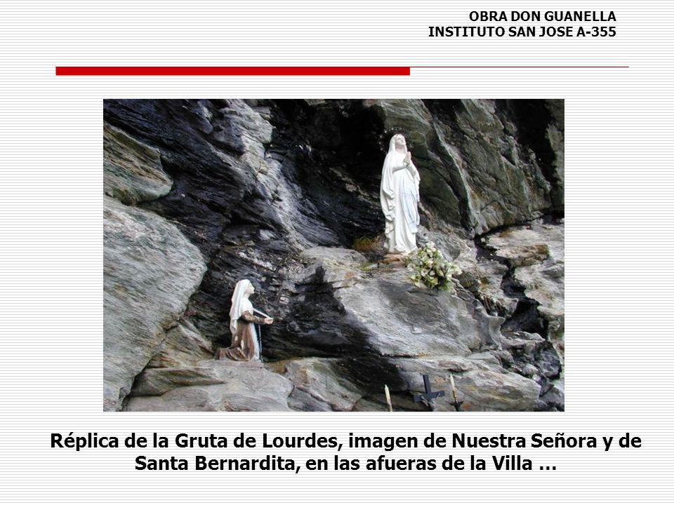 OBRA DON GUANELLA INSTITUTO SAN JOSE A-355 Réplica de la Gruta de Lourdes, imagen de Nuestra Señora y de Santa Bernardita, en las afueras de la Villa