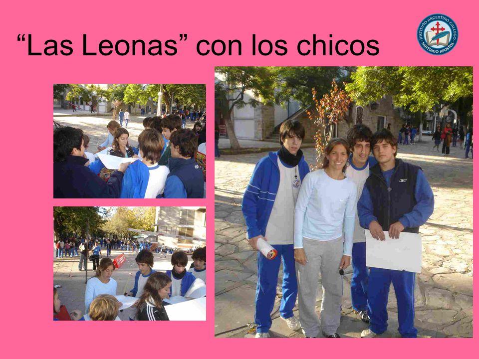 Las Leonas con los chicos