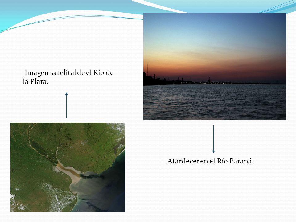 Imagen satelital de el Río de la Plata. Atardecer en el Río Paraná.