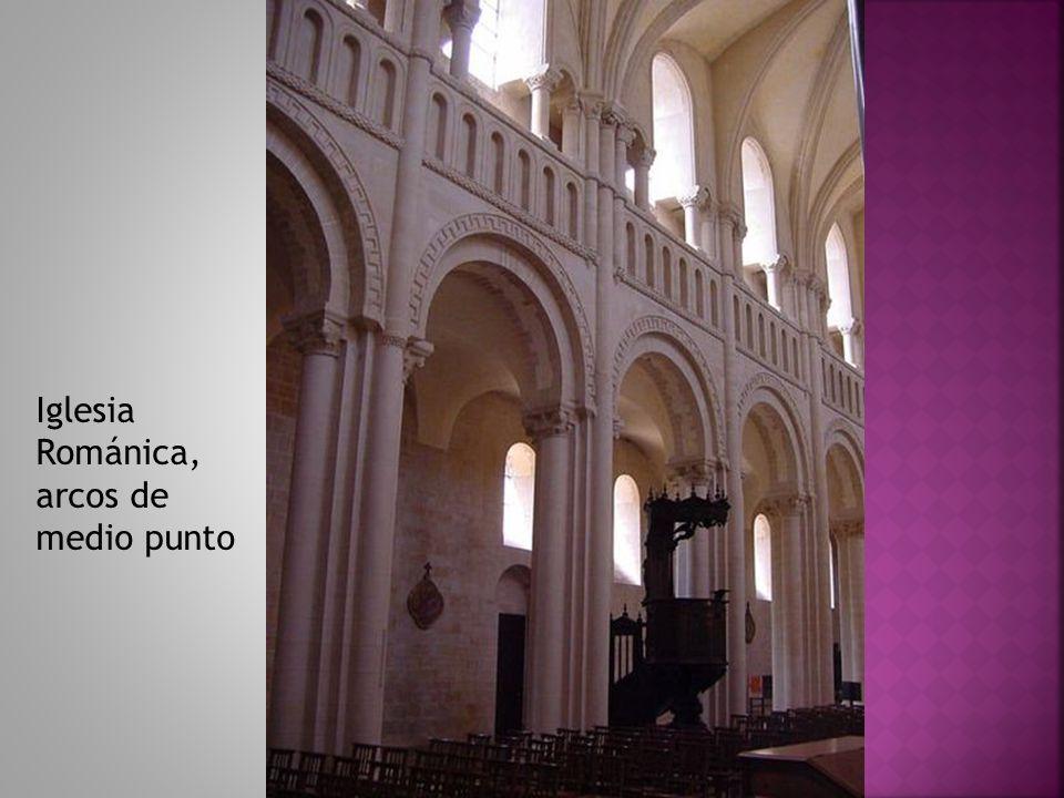 Iglesia Románica, arcos de medio punto