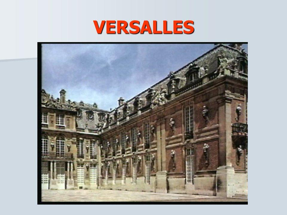 FRANCIA La corona y la nobleza francesa construyeron lujosos palacios barrocos como medio de exaltación de su poder. El más impresionante de estos pal