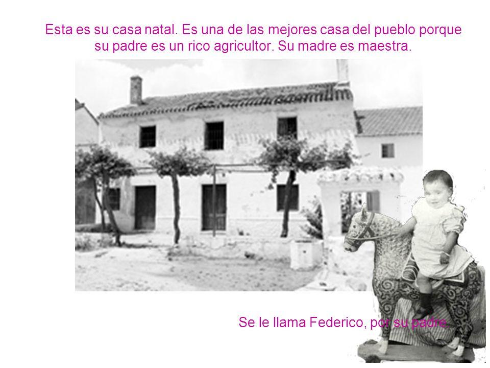 En julio del 36 estalla la guerra civil española Lorca es un declarado republicano.
