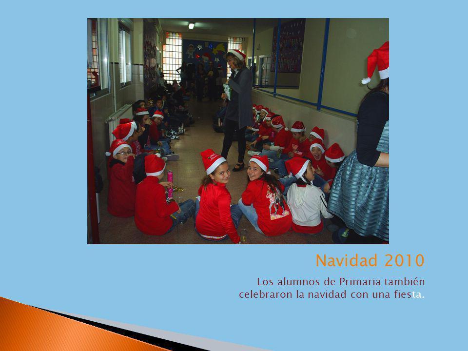Los alumnos de Primaria también celebraron la navidad con una fiesta.