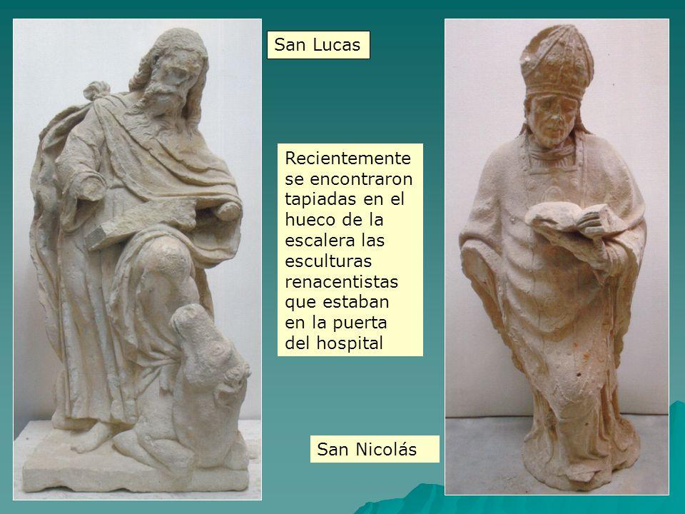 Recientemente se encontraron tapiadas en el hueco de la escalera las esculturas renacentistas que estaban en la puerta del hospital San Lucas San Nico