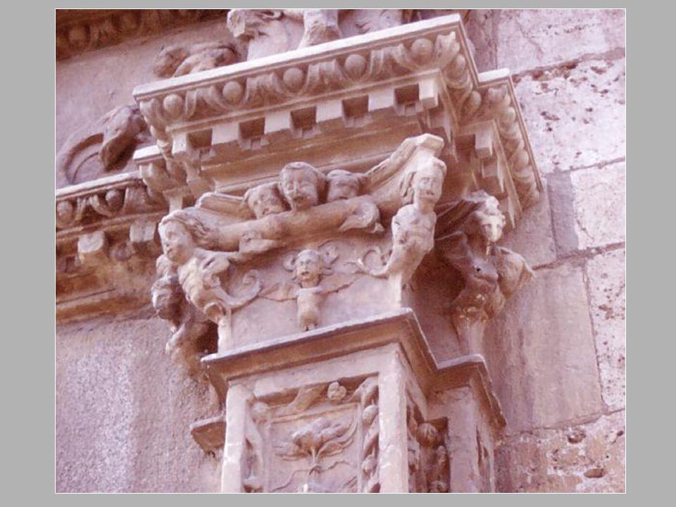 Parte posterior de la Iglesia. Rejas de la clausura