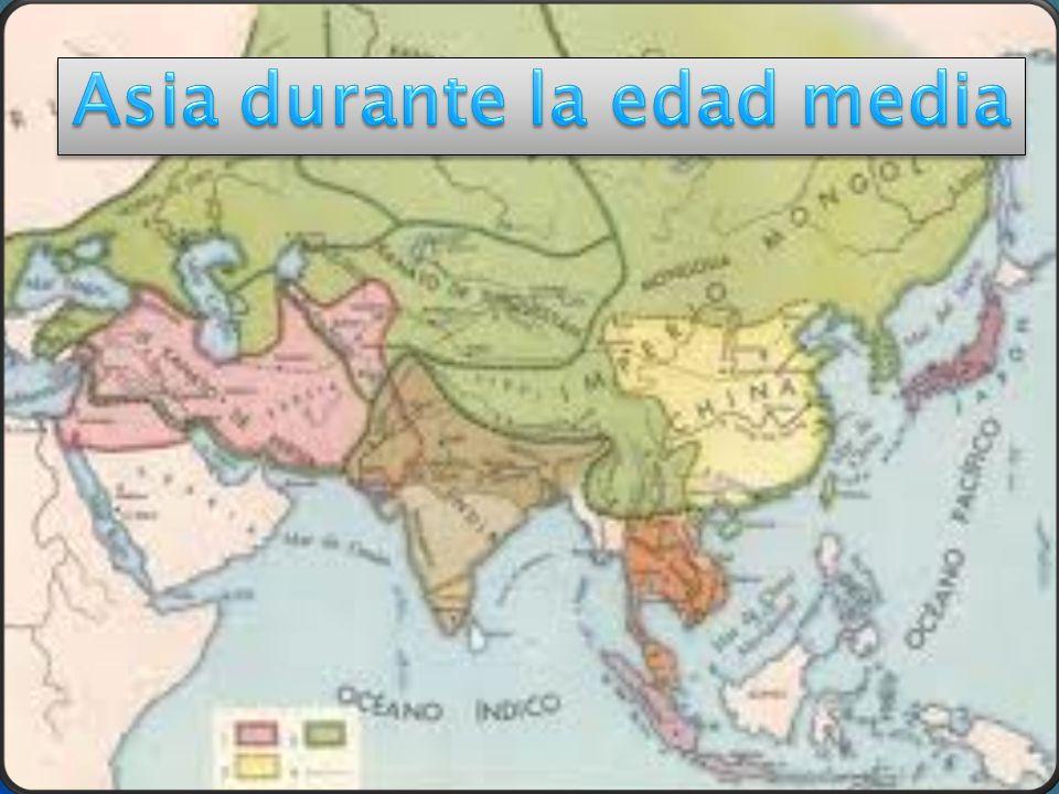 Se considera que la Edad Media comenzó en el año 476 d.c., con la caída definitiva del Imperio Romano de Occidente (por las invasiones bárbaras), y finalizó en el año 1453, con la toma por los turcos otomanos de la ciudad de Constantinopla.