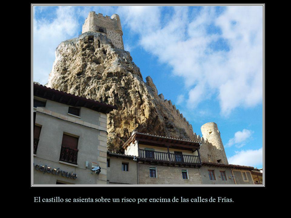 Vista del entramado urbano de Frías desde el castillo de los Velasco.