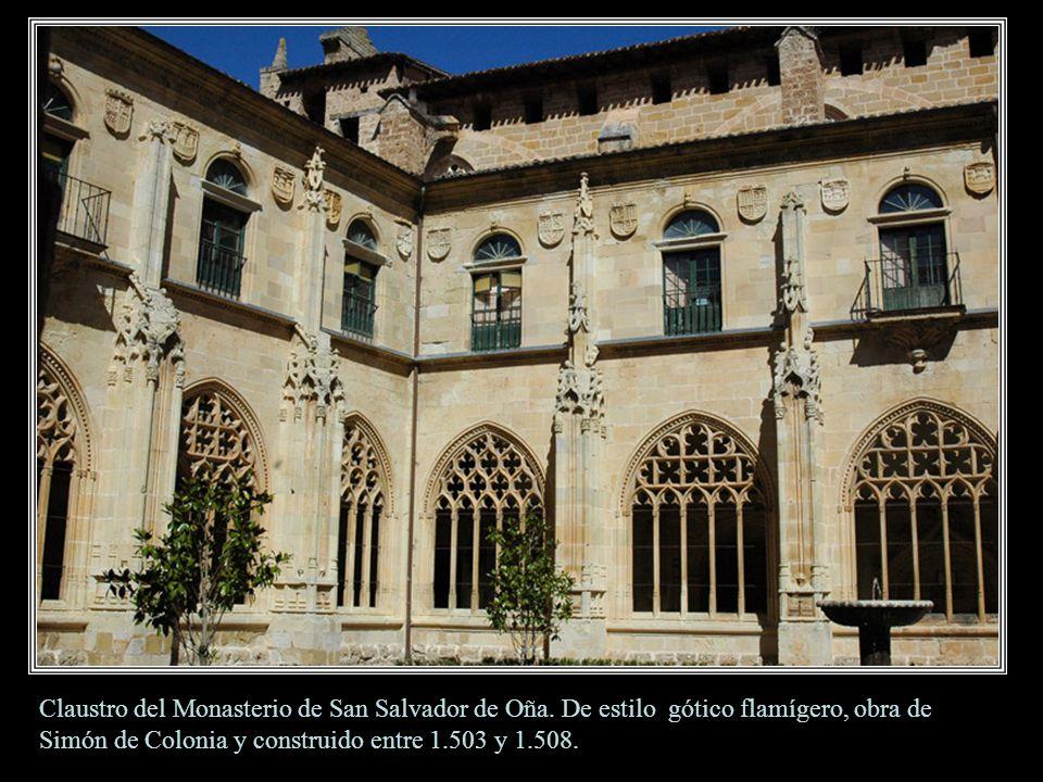 OÑA Portada Iglesia de San Salvador La iglesia está integrada en el grandioso monasterio dedicado a San Salvador. Fue fundado por el conde Sancho Garc