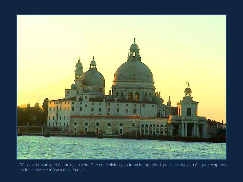 Vivaldi, quien tenía 62 años de edad, se sintió ofendido. En un arranque repentino e impetuoso, abandona Venecia para instalarse en Viena.