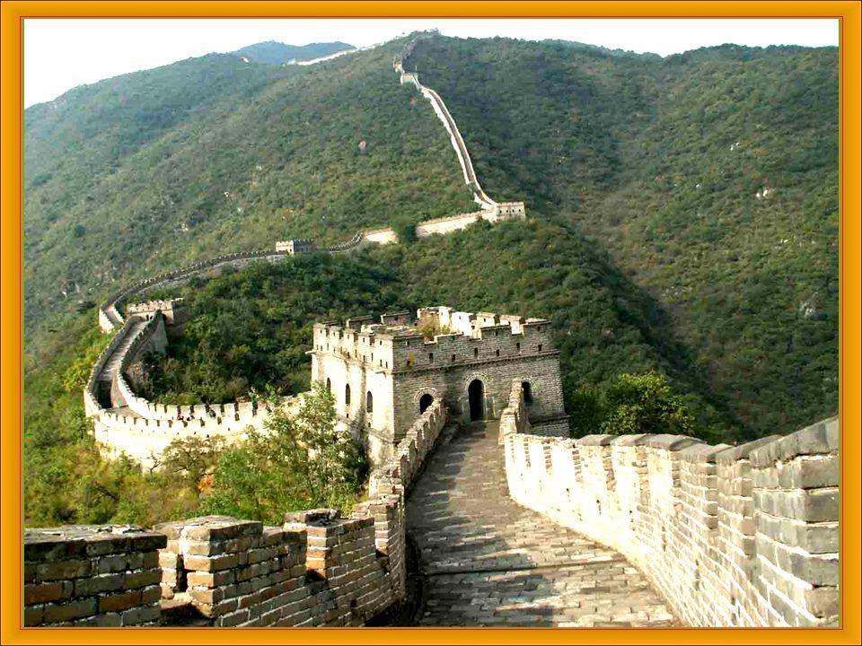 3 LA GRAN MURALLA CHINA