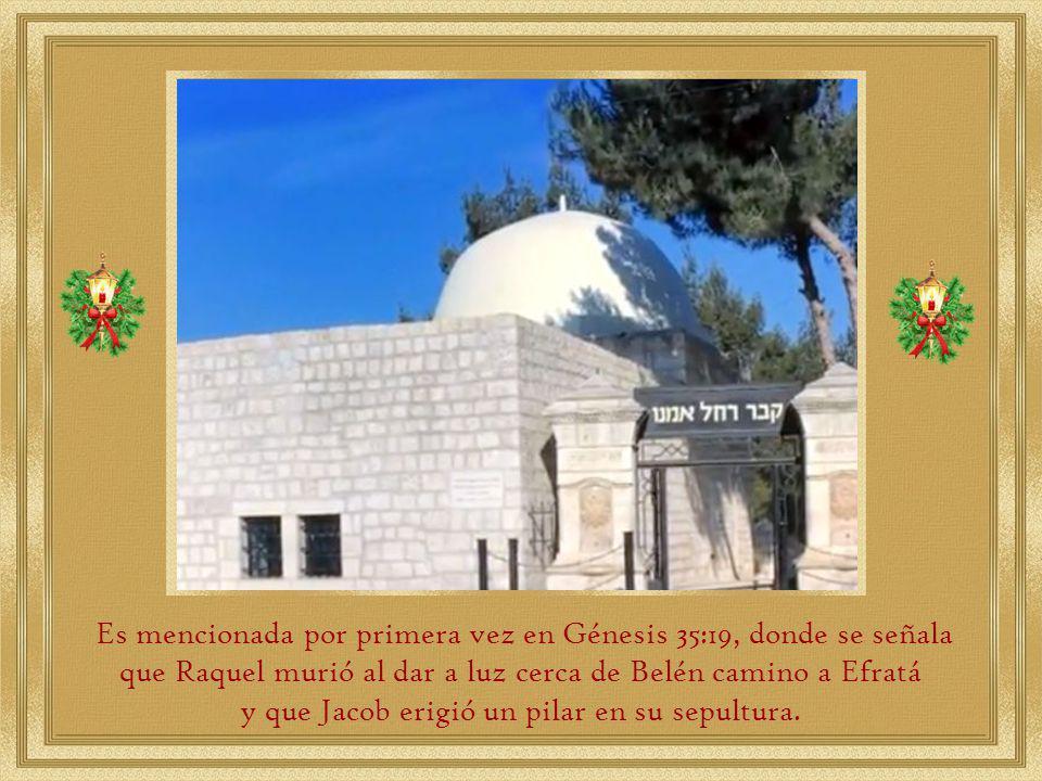 La Ciudad de Belén está situada sobre dos colinas rocosas a unos 777 metros sobre el nivel del mar, cerca del Desierto de Judea, al sur de Jerusalén.