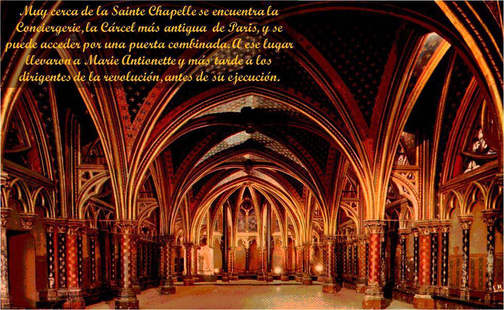 Las ventanas están en rojos y azules y 1130 ilustran las cifras de la Biblia. Los rosetones añadido a la capilla superior en el siglo 15.