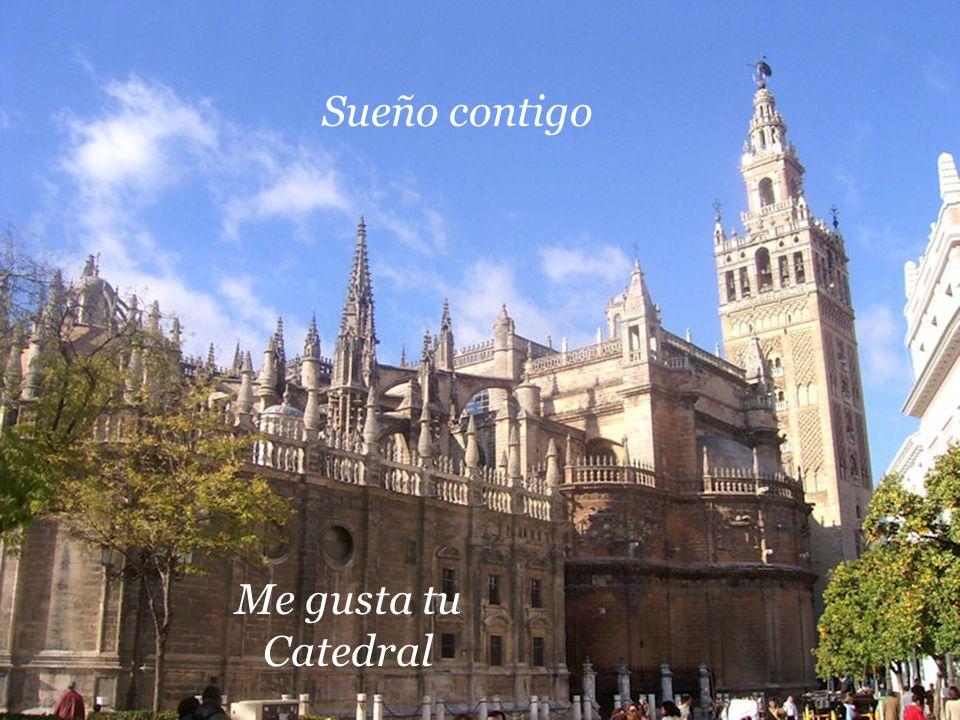 Entre tu gente sencilla, me gusta, me gusta, me gusta Sevilla Entre tu gente sencilla, me gusta, me gusta, me gusta Sevilla