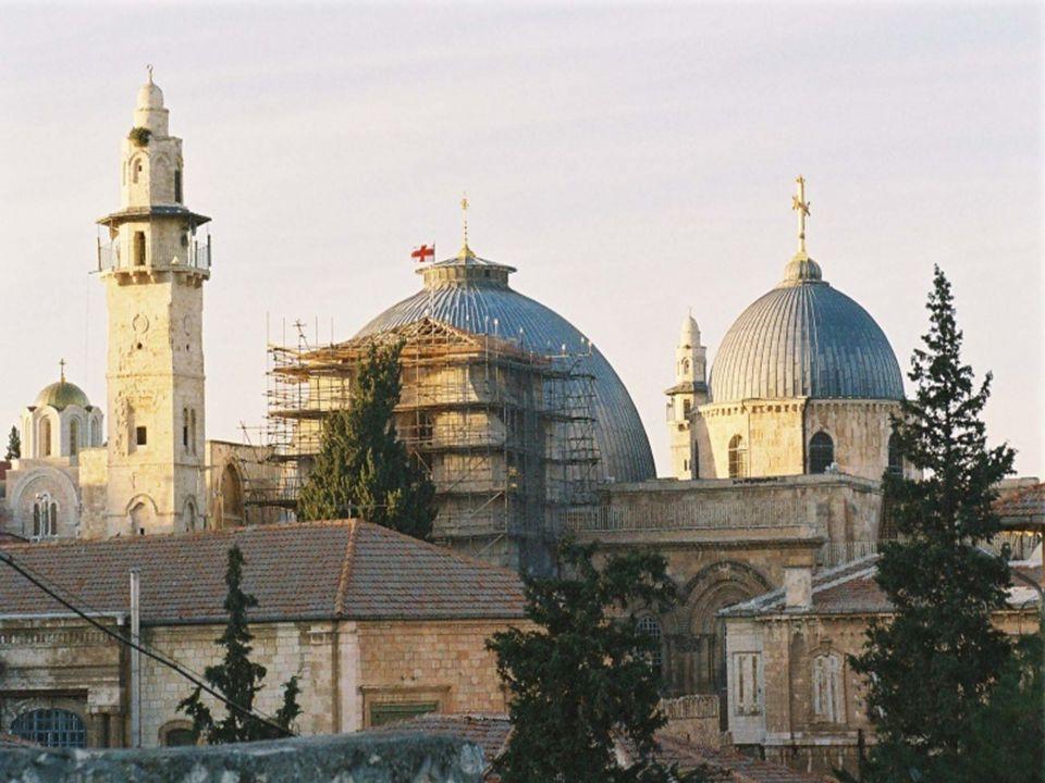 Iglesia del Santo Sepulcro El Santo Sepulcro es un sitio religioso relacionado especialmente con el cristianismo, particularmente católicos y ortodoxos.