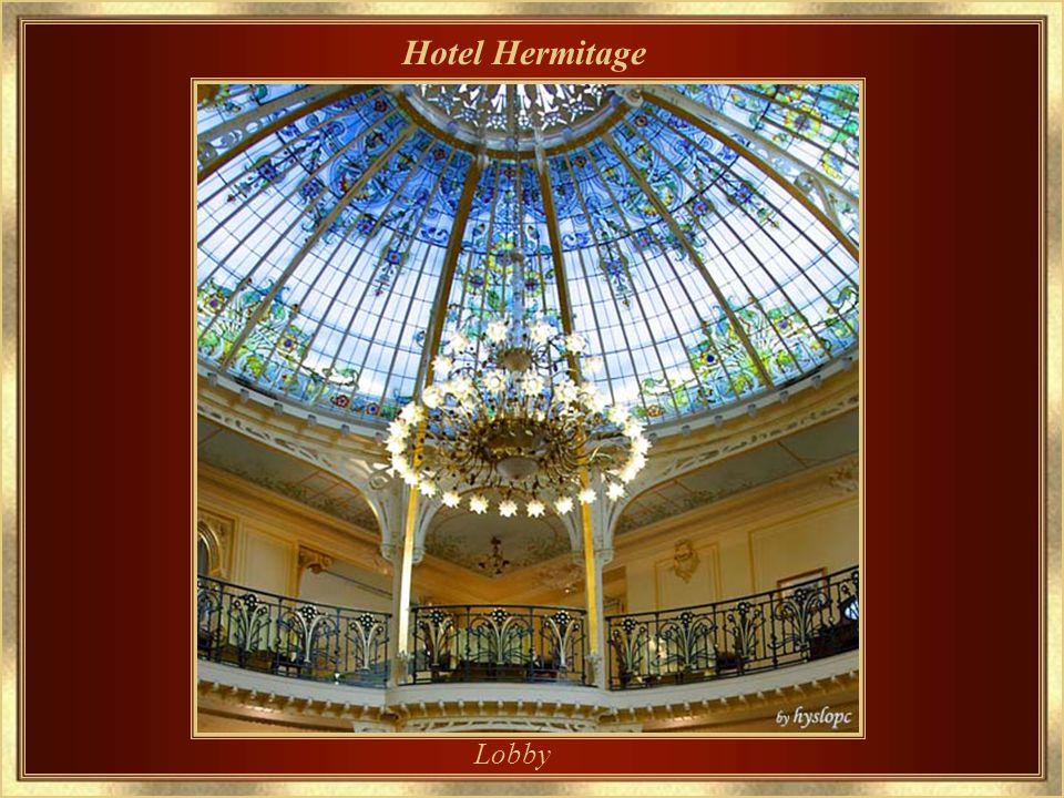 Hotel Hermitage Main entrance - Entrada principal