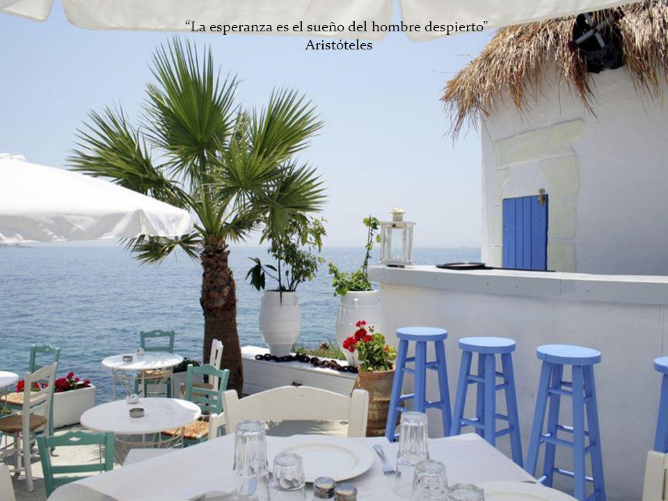 La vida es como un viaje por mar: hay días de calma y días de borrasca.