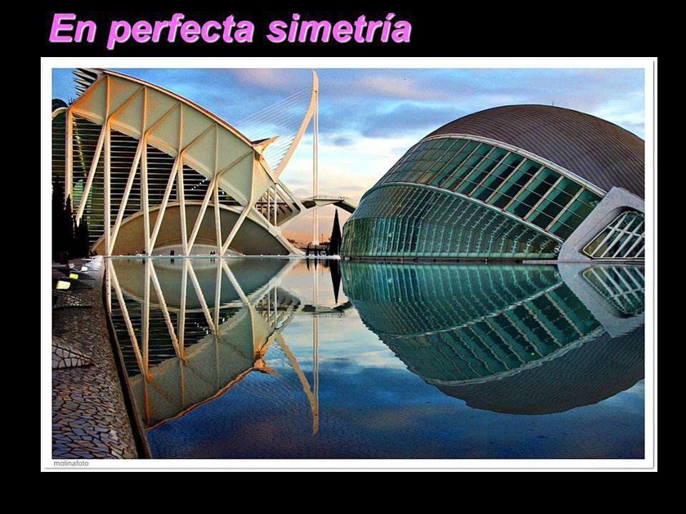 En perfecta simetría