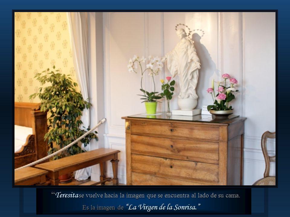 Lisieux Esta es la habitación de su hermana María, donde Teresita fue curada de su depresión.