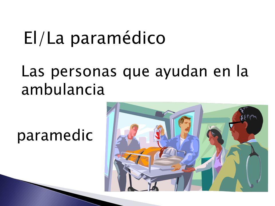 El/La paramédico Las personas que ayudan en la ambulancia paramedic