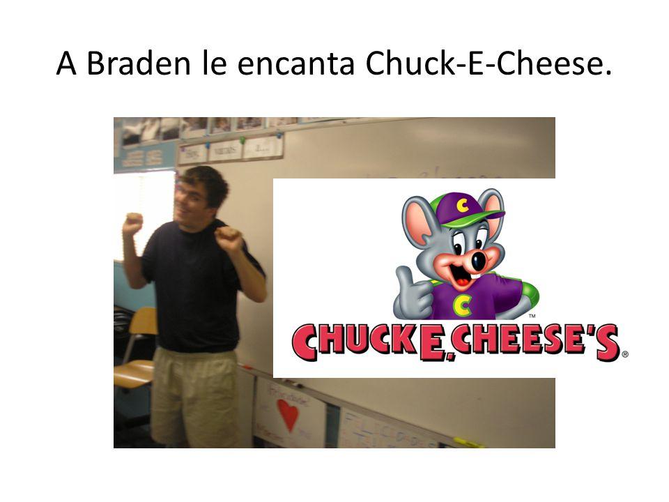 A Braden le encanta Chuck-E-Cheese.