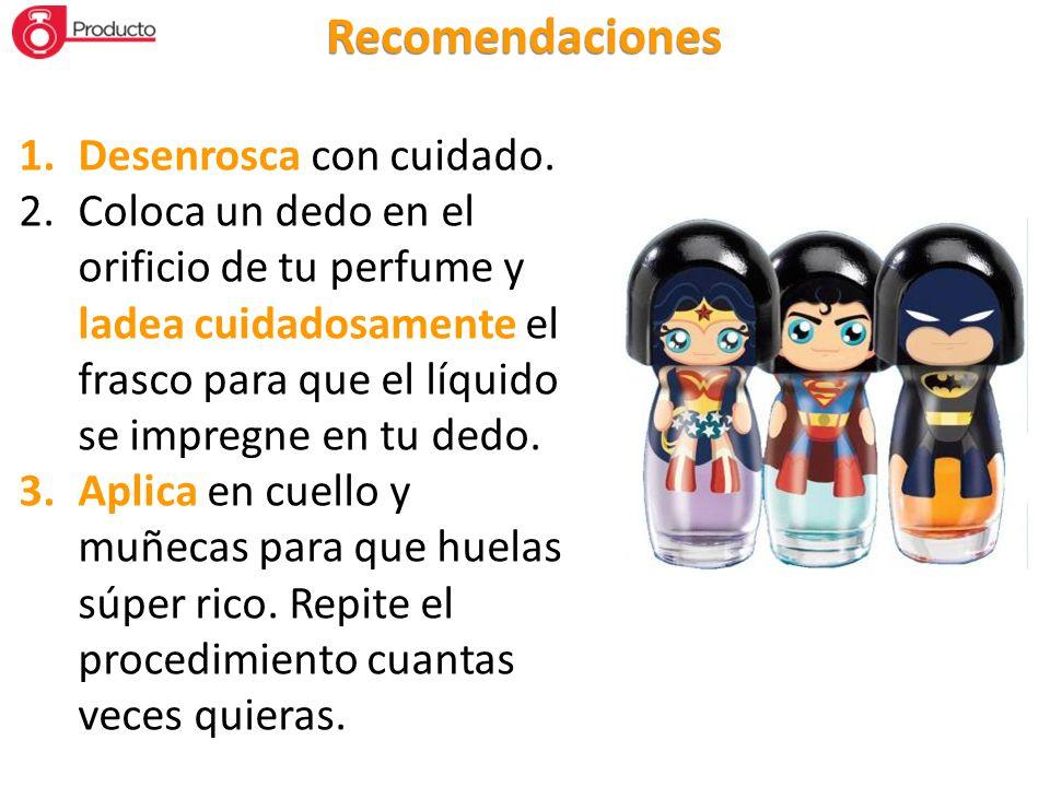 1.Desenrosca con cuidado. 2.Coloca un dedo en el orificio de tu perfume y ladea cuidadosamente el frasco para que el líquido se impregne en tu dedo. 3