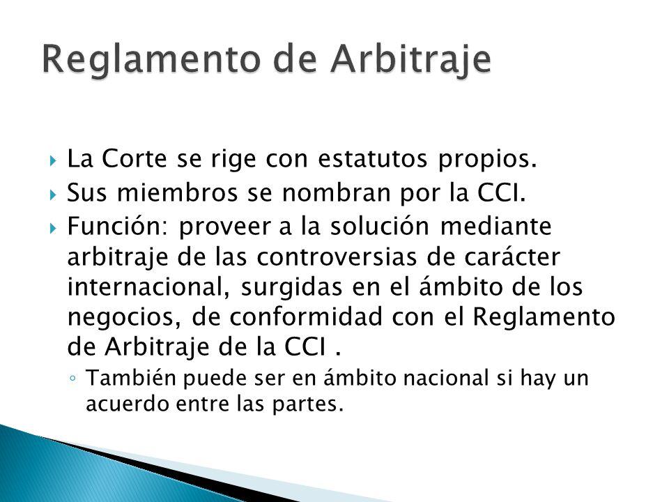 Se inicia dirigiendo una demanda de arbitraje a la Secretaría de la Corte.