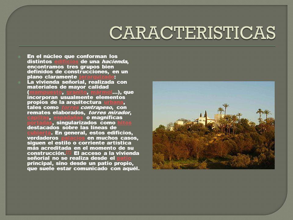 Está establecida una marcada influencia de los modelos andaluces en los edificios privados construidos en América, tanto en la disposición general, como en los elementos de las residencias (patios, cierres, huecos...).